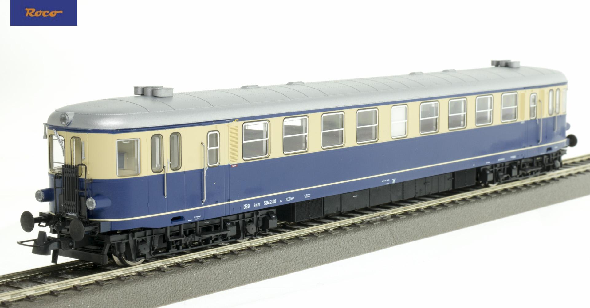 Roco 73143 Dízel motorvonat Rh 5042.08, ÖBB III-IV, hangdekóderrel