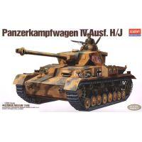 Academy 13234 Panzerkampfwagen IV H/J