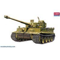 Academy 13264 Tiger-I (korai kiadás)
