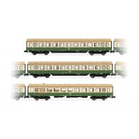"Arnold HN4244 3db set ""Modernisierungswagen"" DR, with side skirts, livery green-ivory (2.-restaurant)"