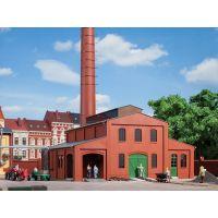 Auhagen 11431 Kazánház, kéménnyel