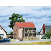 Auhagen 12236 Társasház, H0/TT