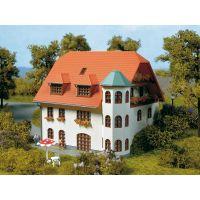 Auhagen 13302 Családi ház, Carola