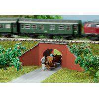 Auhagen 14471  Átjáró vasúti töltés oldalában