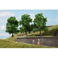 Auhagen 70936  Lombos fák, sötétzöld, 7 cm, 3 db