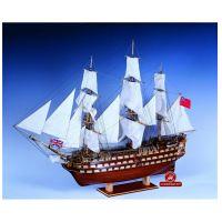 Constructo 80833 H.M.S. Victory vitorlás, fa hajómakett