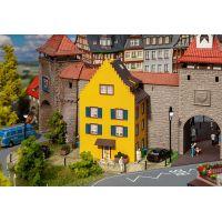 Faller 130709 Kisvárosi ház homlokzat (nincs hátoldalala)