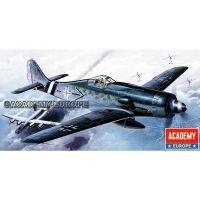 Academy 12458 FW-190D Focke Wulf