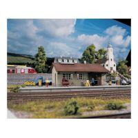 Piko 61824 Raktárépület Burgstein
