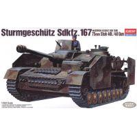 Academy 13235 Sturmgeschutz IV