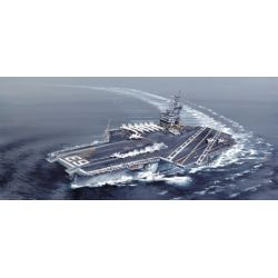 Italeri 5522 U.S.S. Kitty Hawk CV-63