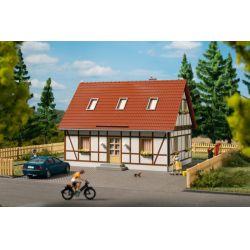 Auhagen 11455 Családi ház
