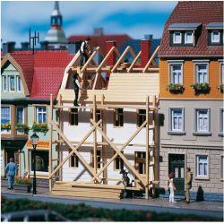 Auhagen 12270 Renoválás alatt álló ház