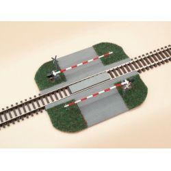Auhagen 41582 Vasúti átjáró sorompóval