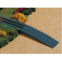 Auhagen 43585 Vasúti töltés habszívacsból, 1500 x 40 x 55 mm