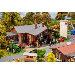 Faller 130579 Mezőgazdasági járműjavító