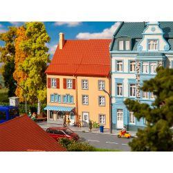 Faller 130711 Kisvárosi ház homlokzat