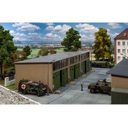 Faller 144103 Háromállású járműjavító, hangár