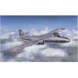 Italeri 1387 MARTIN B-57B