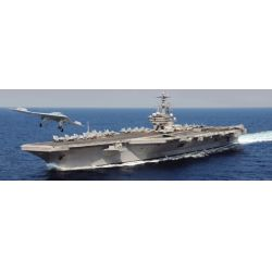 Italeri 5534 U.S.S. George H.W. Bush CVN77 1:720