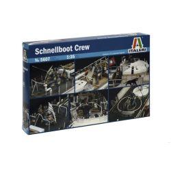 Italeri 5607 Schnellboot személyzet