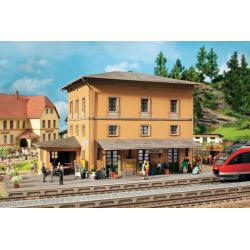 Noch 64004 Lézervágott állomás Tannau (Berg)