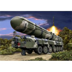 Revell 03303 TOPOL (SS-25 Sickle)