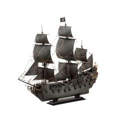 Revell 05699 Black Pearl (Fekete Gyöngy) kalózhajó