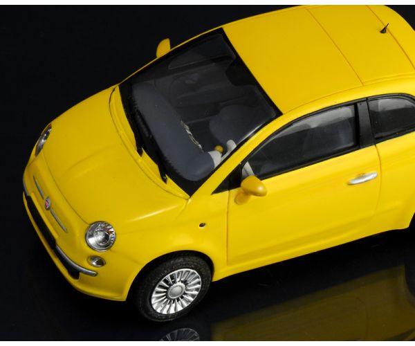 3647s ITALERI FIAT 500 (2007)