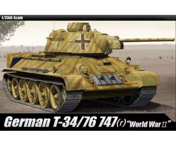 Academy 13502 German T34/75 harckocsi makett