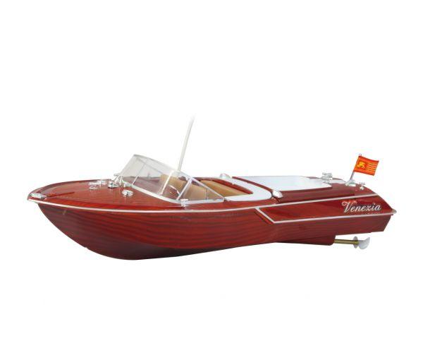 Velencei fa hatású RC modellhajó