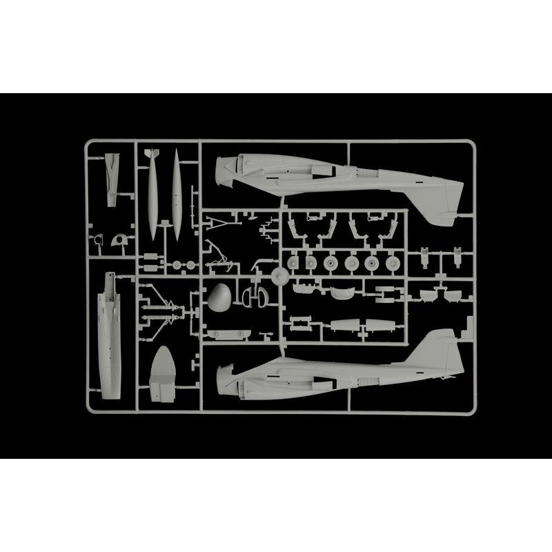 Italeri 1392 A-6E TRAM INTRUDER GULF WAR