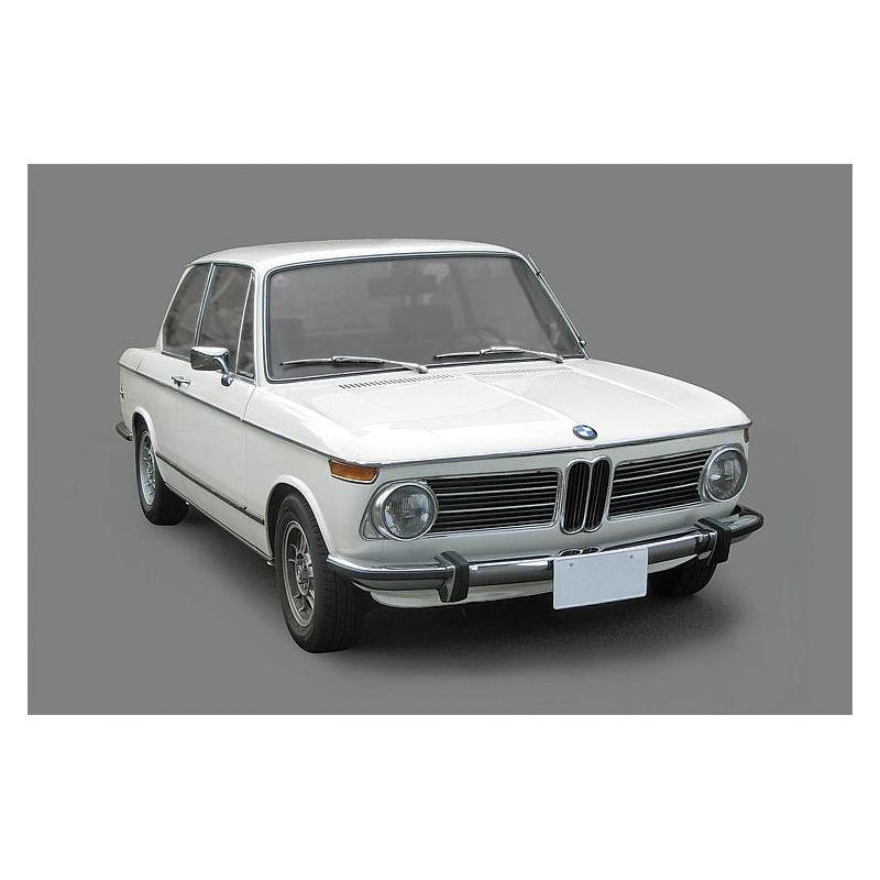 Hasegawa 21123 1/24 BMW 2002 tii