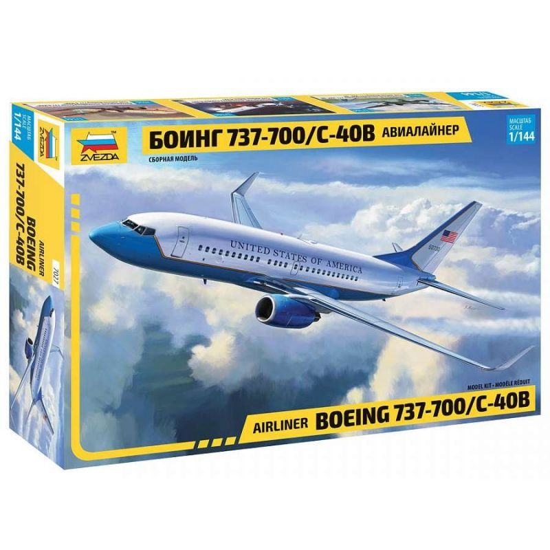 ZVEZDA 7027 Boeing 737-700